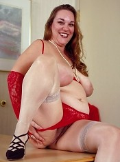 Big Tit Fatty in Red Lingerie Spreading Pussy